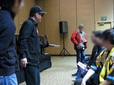 Takahiro Yoshimatsu and Berryz panel audience.
